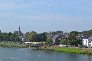Vespa, scooter, huren, groepsactiviteit, weekendje Limburg, actief, Wessem, sportief, ontspanning, natuur, cultuur, bourgondisch